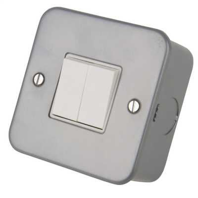 Picture of 2gang 2way switch MC942  metalclad