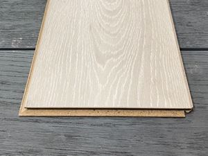 Picture of Elka Frosted Oak Laminate Code ELV2071261x192m *** STOCK**** NEW STOCK ITEM******(Packed in 2.179m2 per pack)