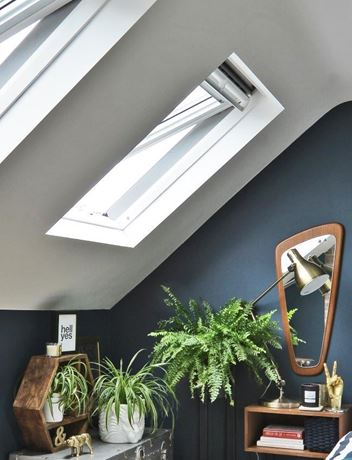 Picture for category TOP-HUNG ROOF WINDOW